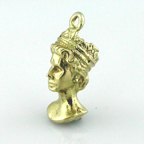 14K Gold Bust of Queen 3D Vintage Charm