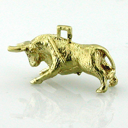 14K Gold Toro Bull Fighting 3D Travel Charm - Spain