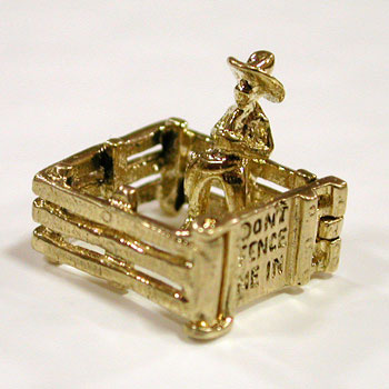 14k Gold Don't Fence Me In Cowboy Vintage 3D Charm