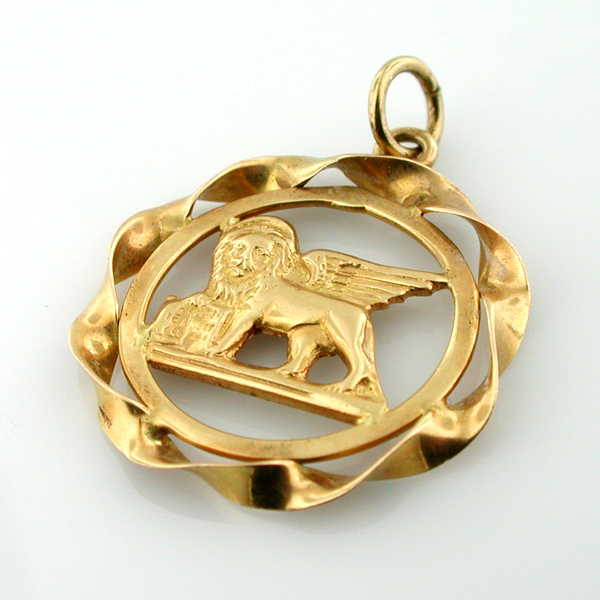 18K Gold Winged Lion St. Mark Venice Travel Charm Pendant