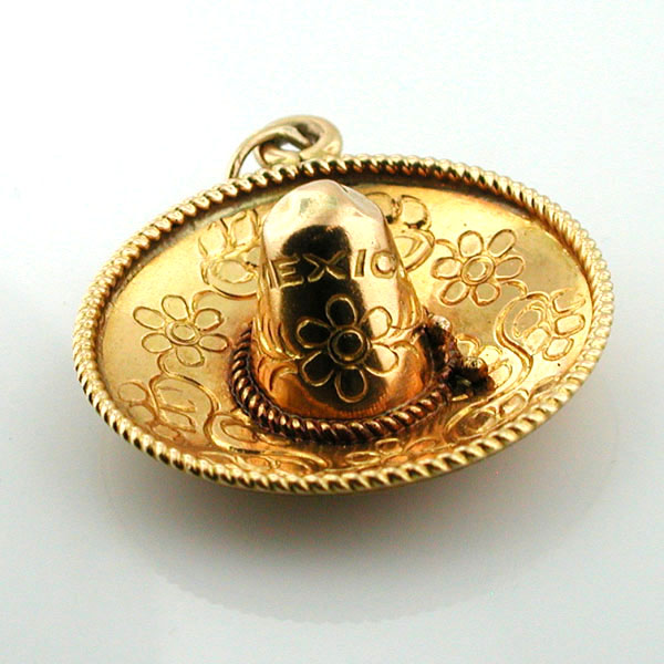 Large Mexican Sombrero Hat Vintage 18k Gold Charm Pendant