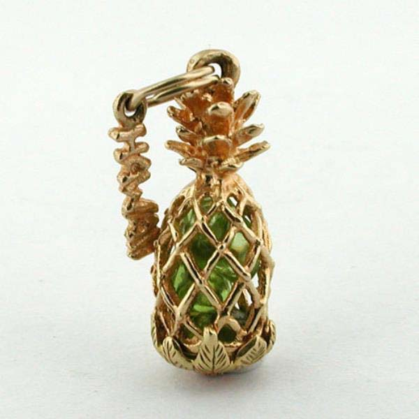 14K Gold Pineapple 3D Vintage Charm - Hawaii
