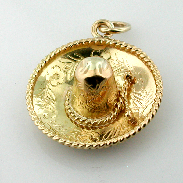 18k Gold Mexican Sombrero Hat Vintage 3D Charm